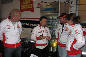 Fausto Gresini with some Pole Position customers